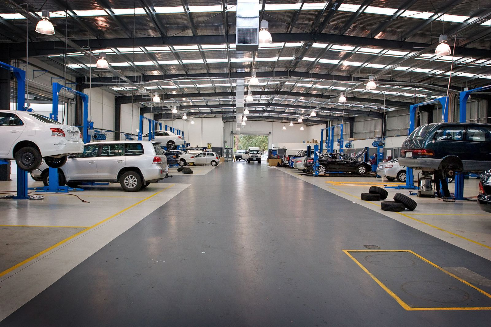 Acton Toyota Service >> car, we can handle it at the Ferntree Gully Toyota service centre Images - Frompo